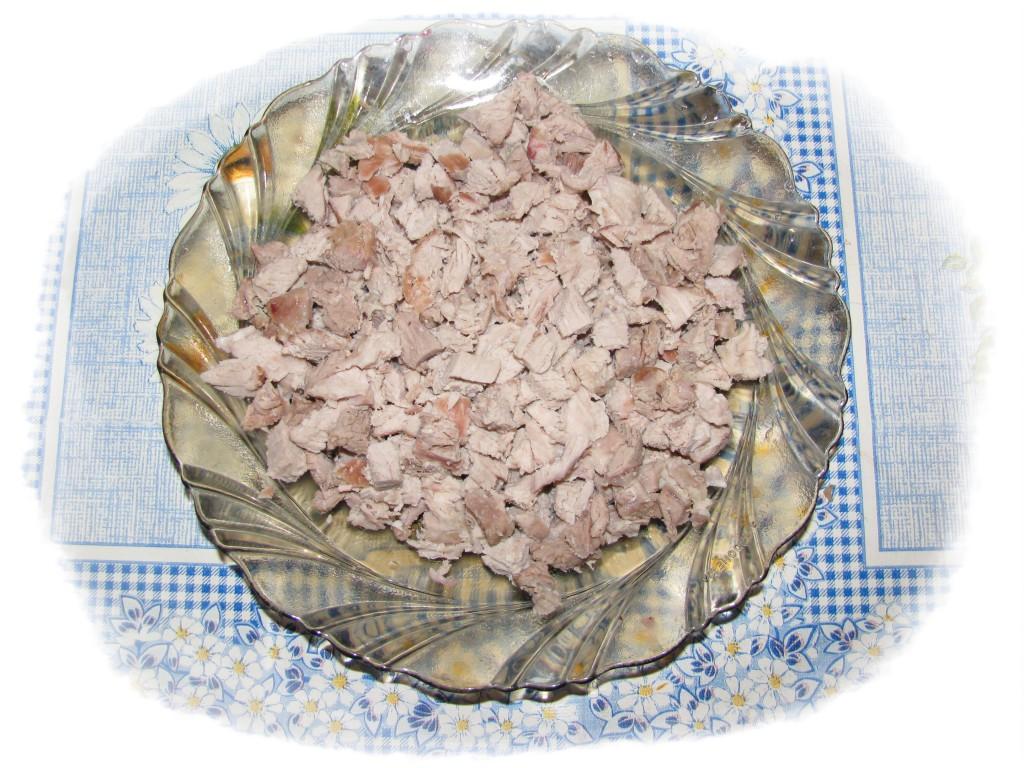 мясо мелко порезать