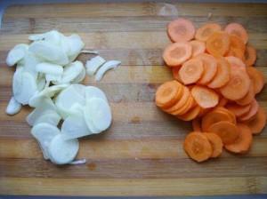 лук и морковь порезать фото 3