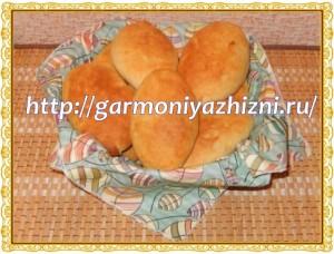 пирожки с грибами и сыром