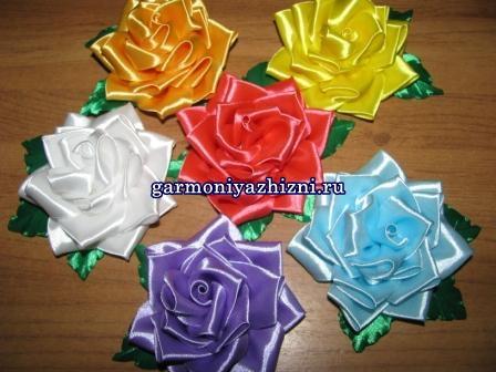 rozyi-iz-atlasnyih-lent-svoimi-rukami7