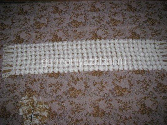 шарф из помпонов