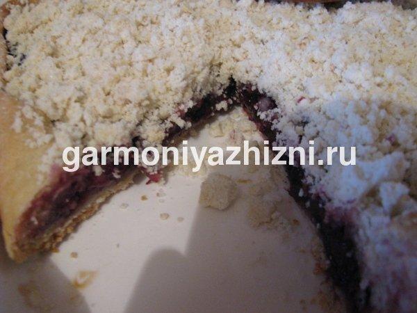постный пирог с ежевикой