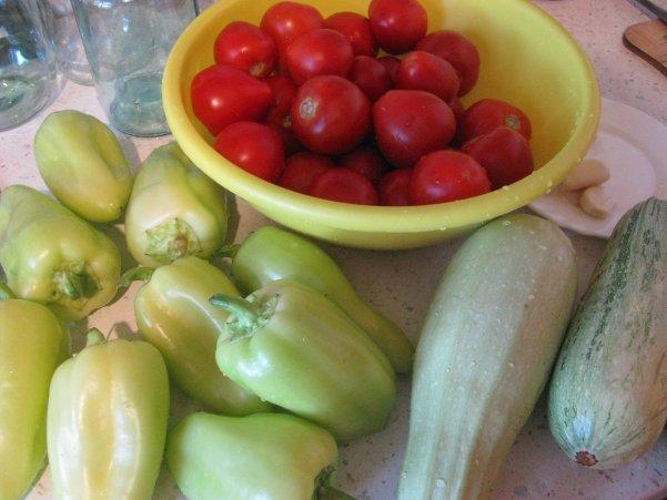 ингредиенты для лечо из кабачков