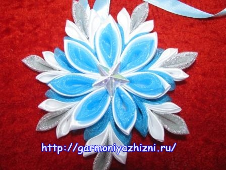 снежинка канзаши фото
