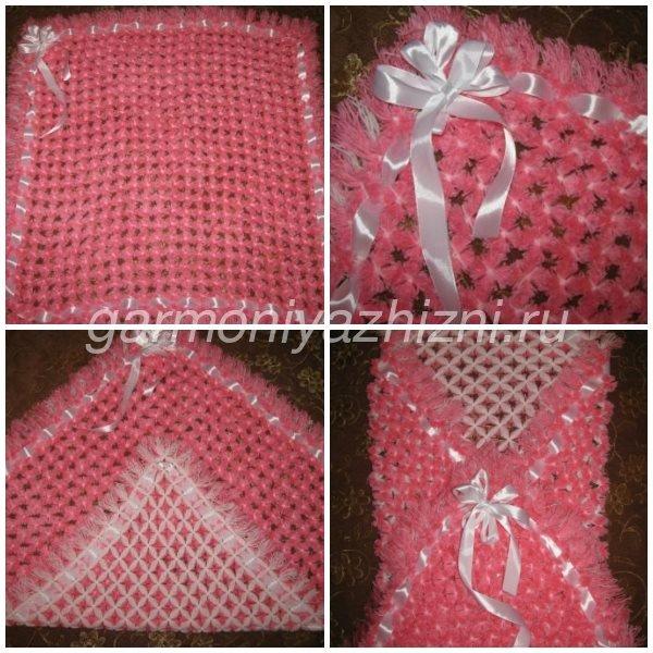 плед из помпонов в розовом цвете для девочки