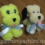 sobaka-iz-salfetki-iz-mikrofibryi-150x150 Елочные игрушки из фетра своими руками